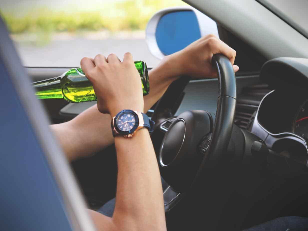 Recusa ao teste do bafômetro não pode ser utilizada para aplicação de multa ao motorista
